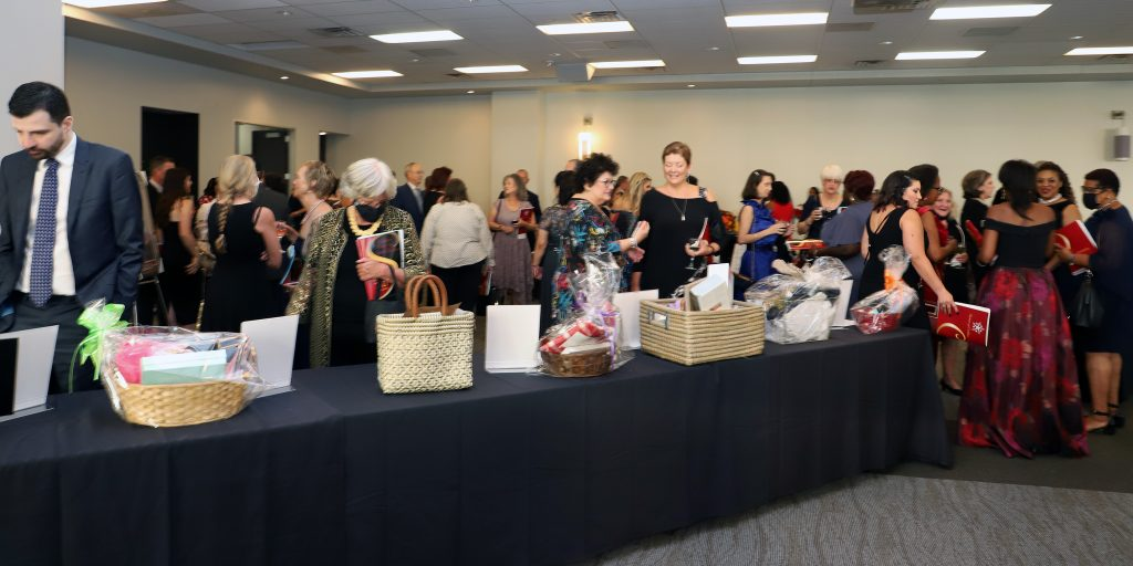 The FHPW EF Silent Auction (Photo by Barfield Photography)